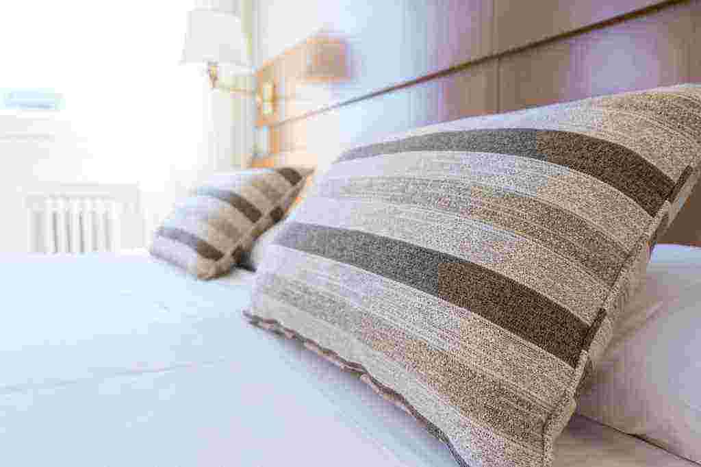 Making a dream pillow