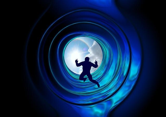 Transcend - WAAROM DROMEN WE IN ONZE SLAAP 'S NACHTS? SLAPEN EN DROMEN VERKLAARD